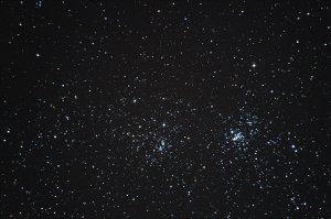 """Der Doppelhaufen in Perseus: NGC 869/884, 6"""" f/5 Newton, Pentax K-500, 11 x 25 Sek., ISO 3200"""