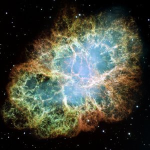Supernova: Der Krebsnebel (M1) ist der Überrest einer Supernova aus dem Jahr 1054, welche aufgrund ihrer Helligkeit sogar tagsüber sichtbar war
