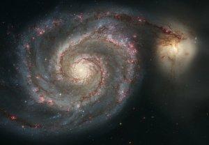 Die Strudelgalaxie M51 mit dem wechselwirkenden Begleiter NGC 5195